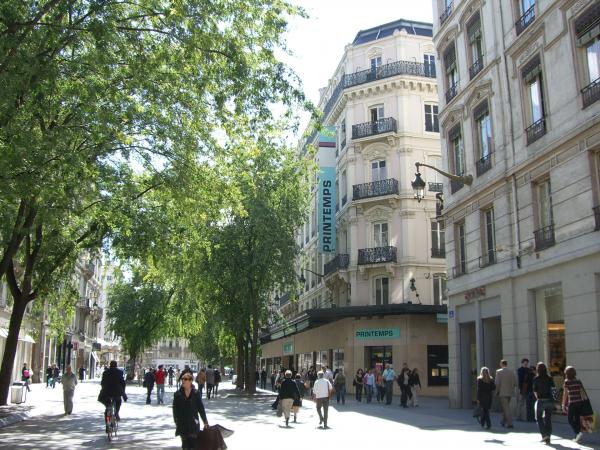 Le Printemps, rue de la République